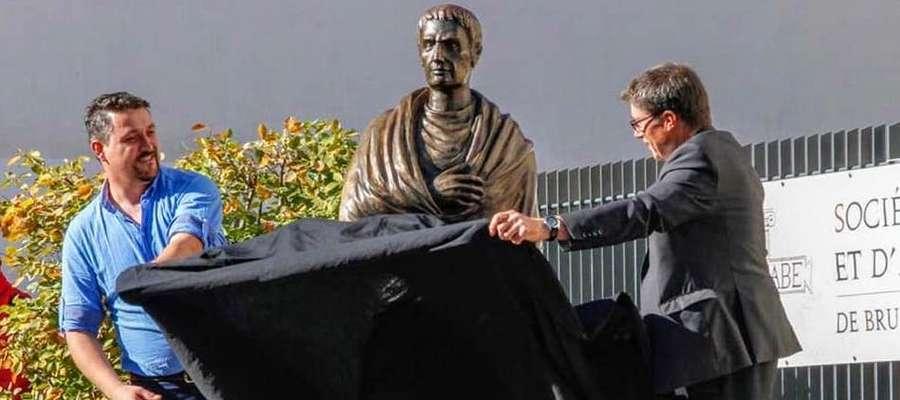 W sobotę (21 września) w Brumath (Francja) Piotr Bogdaszewski wraz z merem francuskiego miasta odsłonił pomnik swojego autorstwa