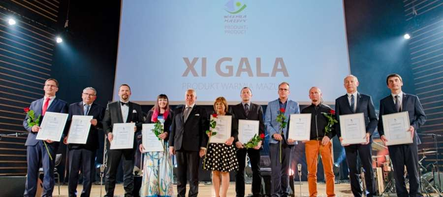 Laureaci 11. edycji Produktu Warmia Mazury. Drugi z lewej stoi Wojciech Żmudziński