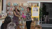 """Autorka """"Stulecia Winnych"""" odwiedziła bibliotekę"""