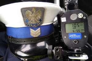 Policjanci zatrzymali im prawa jazdy – jedna z kar za niebezpiecznie szybką jazdę