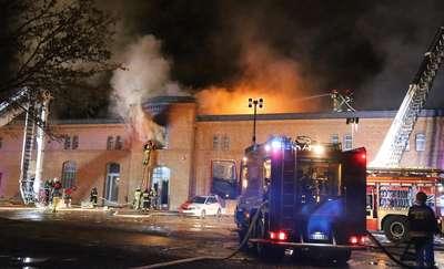 """Pożar w Banku Żywności w Olsztynie. Rzeczniczka BŻ: """"To nasz wielki dramat"""" [VIDEO, ZDJĘCIA]"""