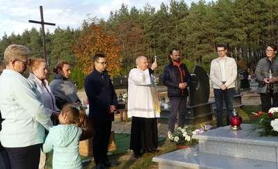 Ku pamięci mieszkańców wsi Kaczek i Bratian