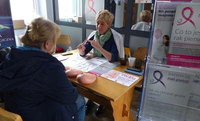 W szpitalu zorganizowano Dzień Walki z Rakiem Piersi. ZOBACZ FILM