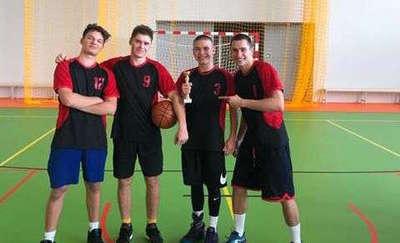 I miejsce w Mistrzostwach rejonu VI w piłce koszykowej 3x3 chłopców I LO w Giżycku