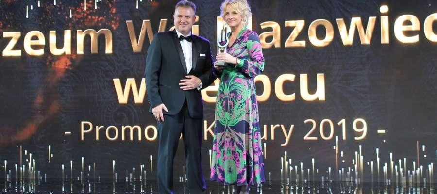 Nagrodę odebrała Bogusława Trojanowska zastępca dyrektora Skansenu.