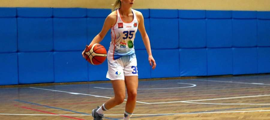 Karina Gzinka (KKS Olsztyn)