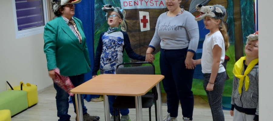 Dzieci współtworzyły przedstawienie