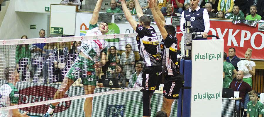 W akcji Wojciech Żaliński z Indykpolu AZS Olsztyn, który w meczu z Czarnymi Radom zdobył 12 punktów