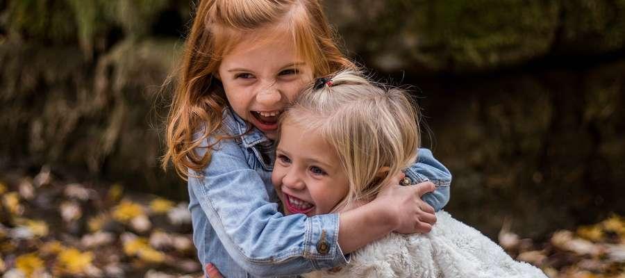 Dzieci potrzebują przynależności do grupy i przyjaciela