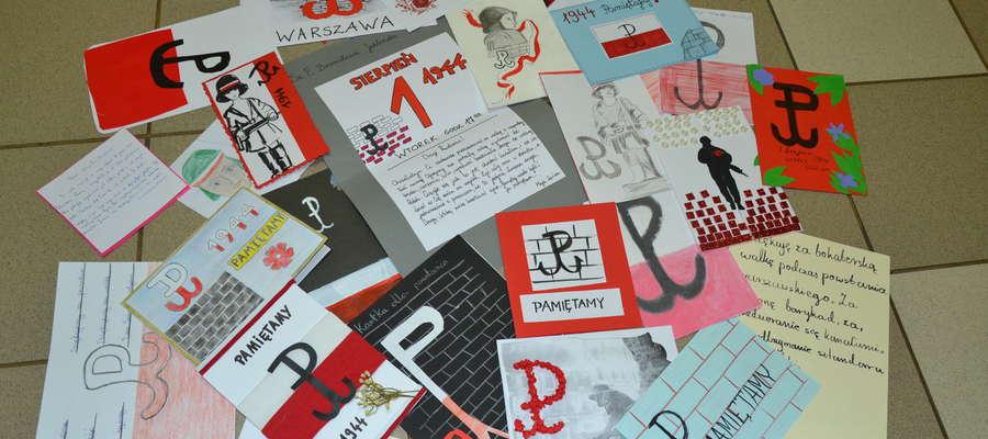 Akcja spotkała się z dużym zainteresowaniem - aż 74 uczniów Katolickiej Szkoły Podstawowej przygotowało kartki