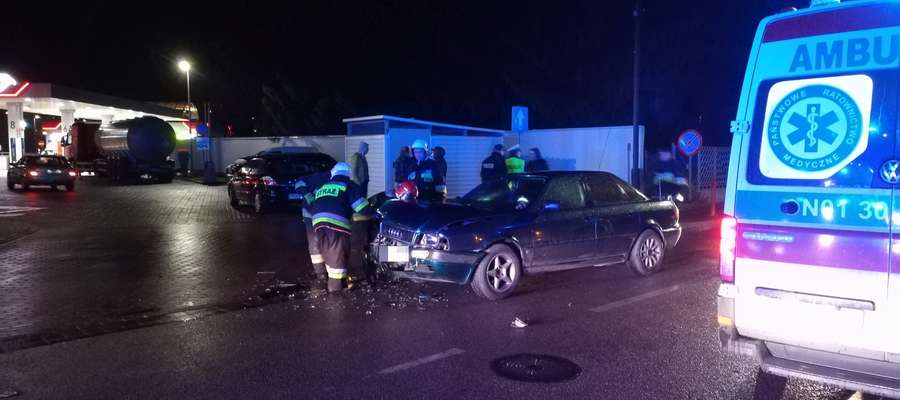 W zdarzeniu na ul. Reymonta na szczęście najbardziej ucierpiały samochody