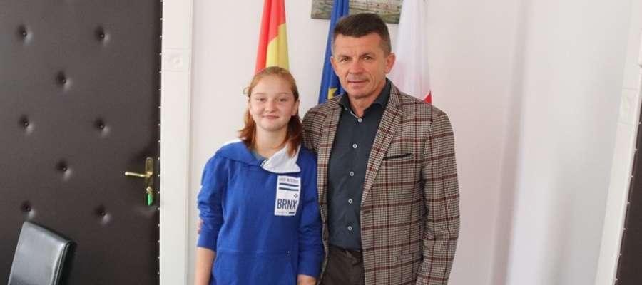Dzisiaj z młodą kadrowiczką z Samborowa spotkał się Bogusław Fijas, wójt gminy Ostróda