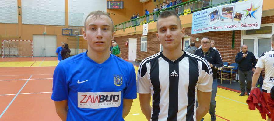 Bracia Mateusz (z lewej) i Szymon Jajkowscy walczyli w finale poprzedniego sezonu Iławskiej Ligi Futsalu w przeciwnych drużynach