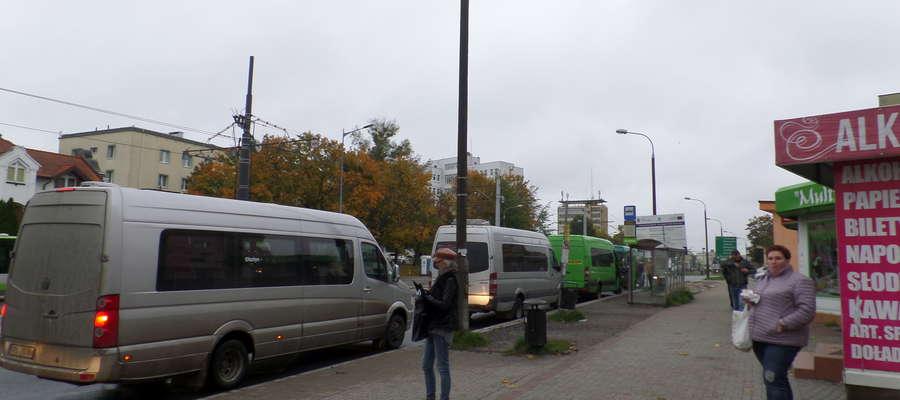 Na przystanku przy ul. Dworcowej busy mogą stać tylko kilka minut