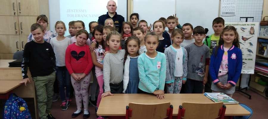 Strażnicy miejscy spotkali się z ucznia ostródzkiej SP 2