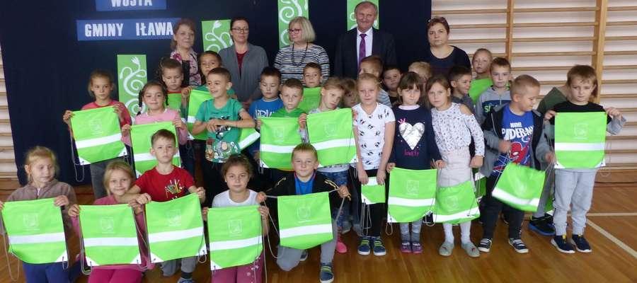 Wraz z wójtem Krzysztofem Harmacińskim odwiedziliśmy m.in. szkołę podstawową w Ząbrowie