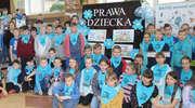 """Uczniowie """"Dwójki"""" świętują Międzynarodowy Dzień Praw Dziecka wspólnie z UNICEF"""