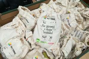 Dzieci z biskupieckich szkół otrzymały smaczne i ekologiczne śniadanka [ZDJĘCIA]