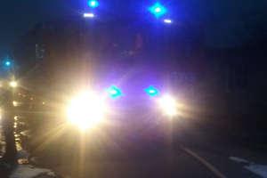 Pożar warsztatu w Nowym Siedlisku, ranny mężczyzna trafił do szpitala