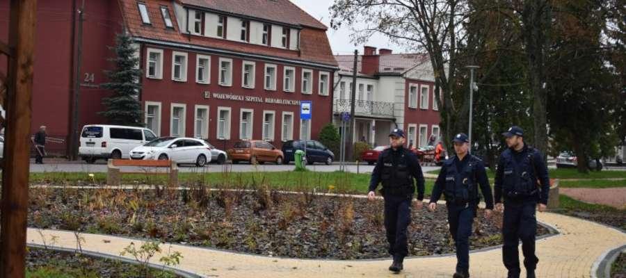 Adepci w trakcie patrolowania ulic Górowa Iławeckiego