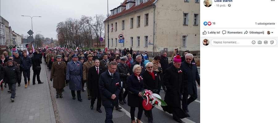 11 Listopada. Przemarsz z olsztyńskiej katedry na plac Solidarności.