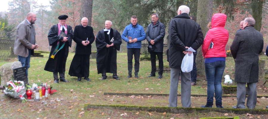 Nabożeństwo na starym cmentarzu w Starych Jabłonkach odbyło się dwunasty raz
