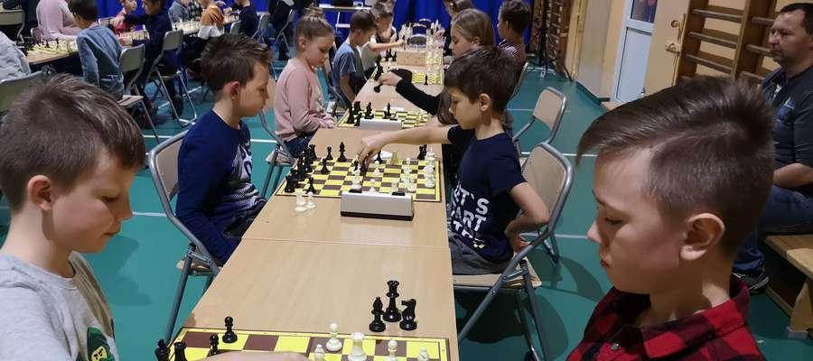 Podczas turnieju w szkole w Brzoziu Lubawskim
