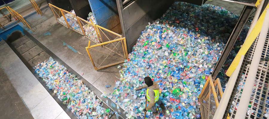 Przeciętny Polak wytwarza rocznie ponad 300 kg odpadów komunalnych