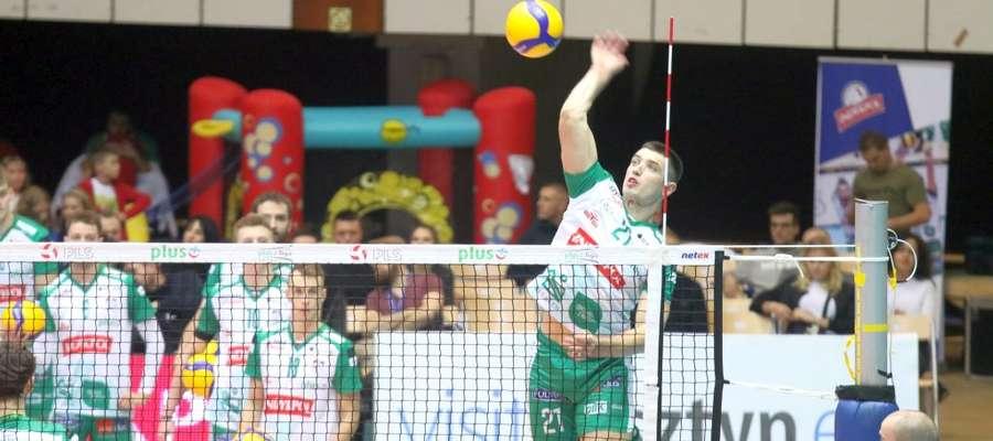 Zagrywa Wojciech Żaliński