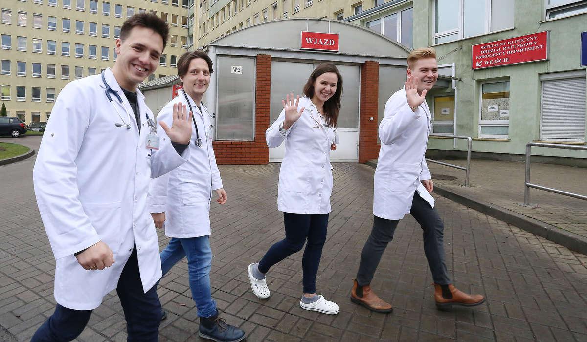 Studenci Collegium Medicum UWM są mistrzami Polski w szyciu chirurgicznym