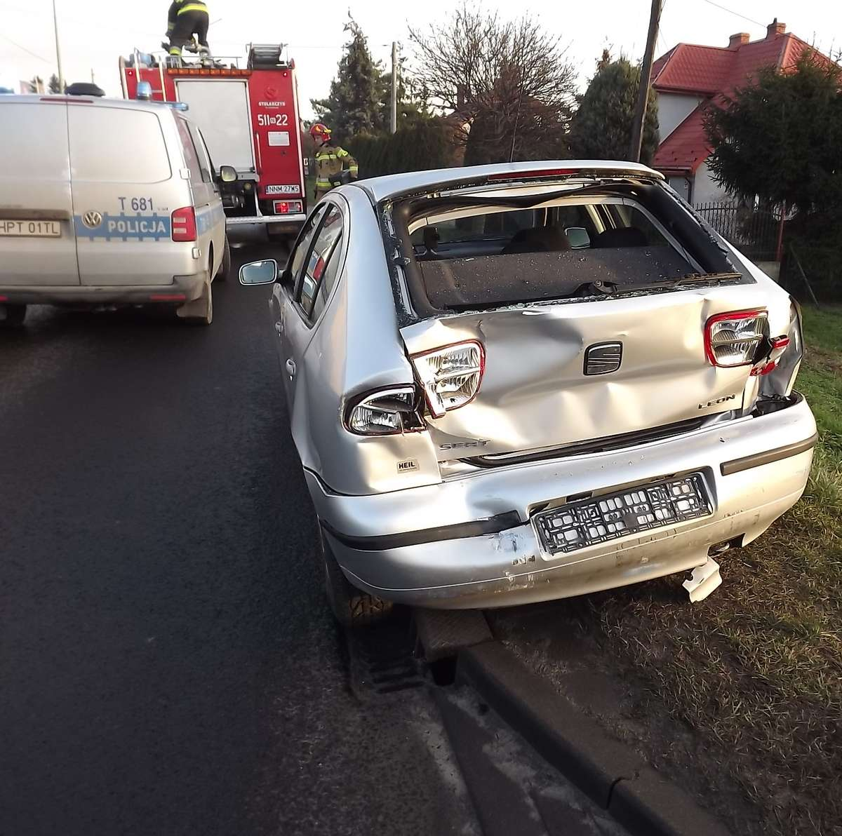 Na miejscu wypadku działały służby ratownicze