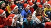 Mikołaje z Płomienia Turznica odwiedzili uczniów w Pietrzwałdzie