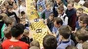 """Mistrzyni Polski vs Poseł - szachowy dzień w MCK podczas Turnieju """"Szachiści grają dla Polonii"""""""