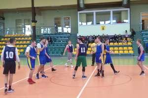 Awans reprezentacji CKZiU do Mistrzostw Regionu w piłce koszykowej chłopców