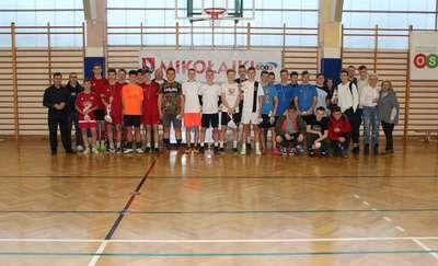 FC Barcelona wygrała V Mikołajkowy Turniej Piłki Nożnej w Rybnie
