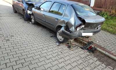 67-letnia kobieta kierująca renault rozbiła kilka aut