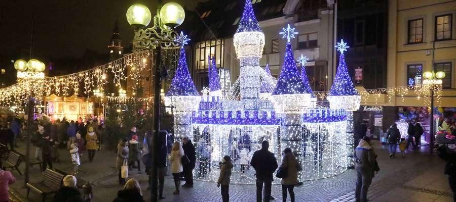 Świąteczna magia na olsztyńskiej starówce [foto, video]