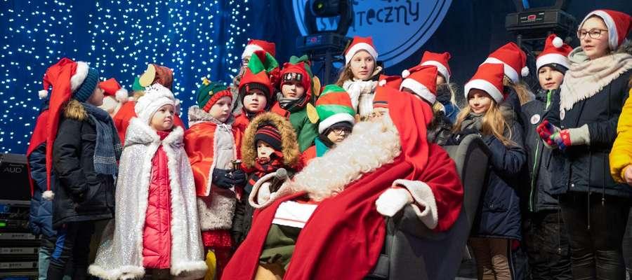 XI Warmiński Jarmark Świąteczny w Olsztynie. Czuć już klimat świąt! [VIDEO]
