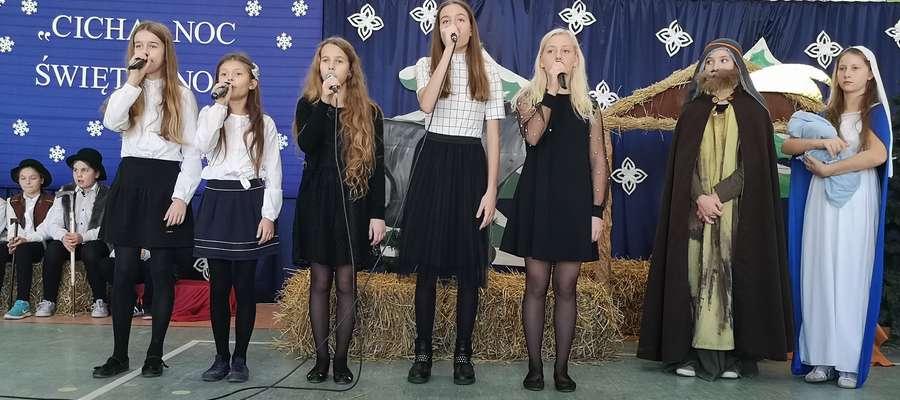 Jedna ze scen widowiska bożonarodzeniowego