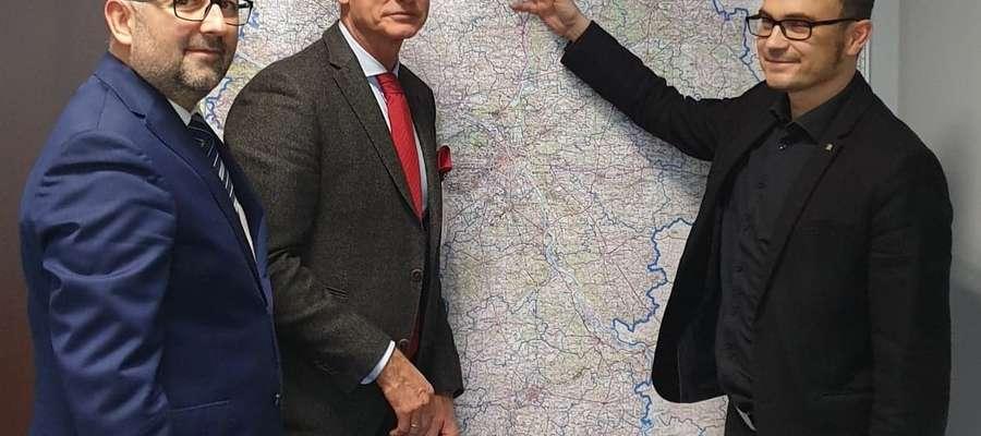 Starosta Bieńkowski w Generalnej Dyrekcji Dróg Krajowych i Autostrad w  Warszawie rozmawiał o rondach i obwodnicy Przasnysza
