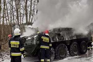 Amerykański pojazd opancerzony stanął w ogniu [ZDJĘCIA]