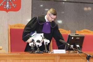 Kontrowersyjny sędzia spotka się z mieszkańcami Mrągowa