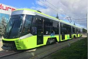 Pierwszy turecki tramwaj już na szynach. Wiemy, kiedy dotrze do Olsztyna [VIDEO]