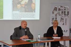 Marian Waraksa był gościem Biblioteki Publicznej w Gołdapi