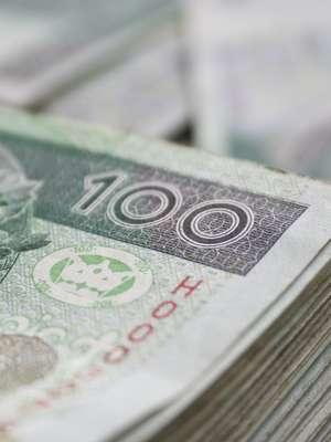 """UOKiK ukarał kolejne banki za stosowanie niedozwolonych klauzul. Chodzi m.in. o kredyty """"frankowe"""""""
