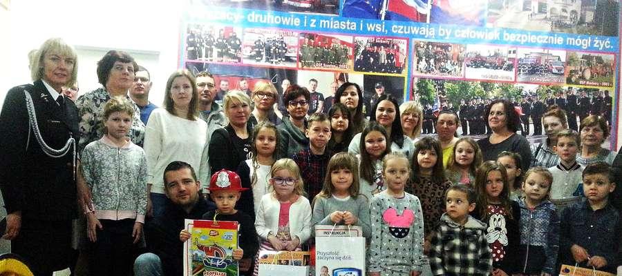 Uczestnicy konkursu spotkali się w Sali Tradycji Pożarniczych