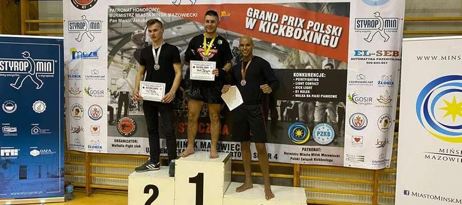 Zawodnicy KS Kowalkowski Fight Club Działdowo toczyli zwycięskie pojedynki zajmując najwyższe miejsca
