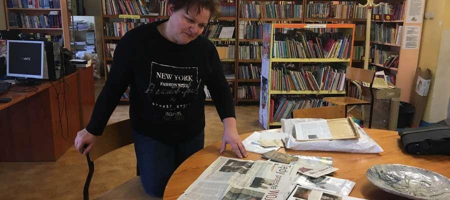 Anna Lobert-Marcinkiewicz prezentuje archiwalne materiały i zdjęcia rodziny