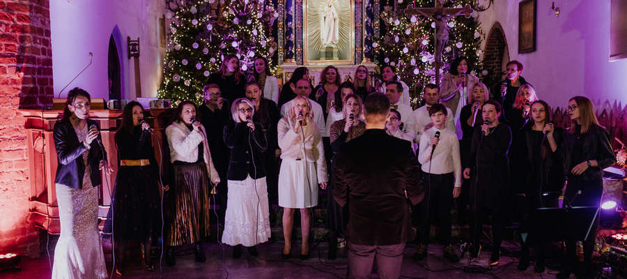 Koncert zainaugurował jubileuszowy, piąty już rok działalności zespołu Iława Gospel Singers