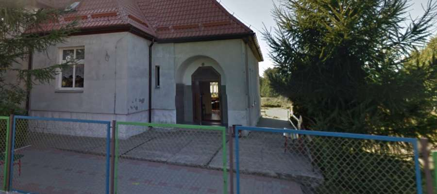 Szkoła w Linowie
